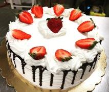 DRIP CAKE FRAGOLE
